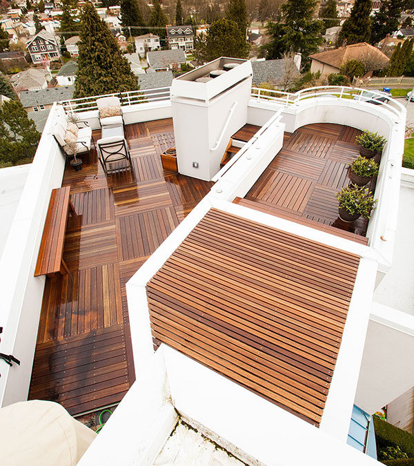 A Rooftop Deck in Magnolia