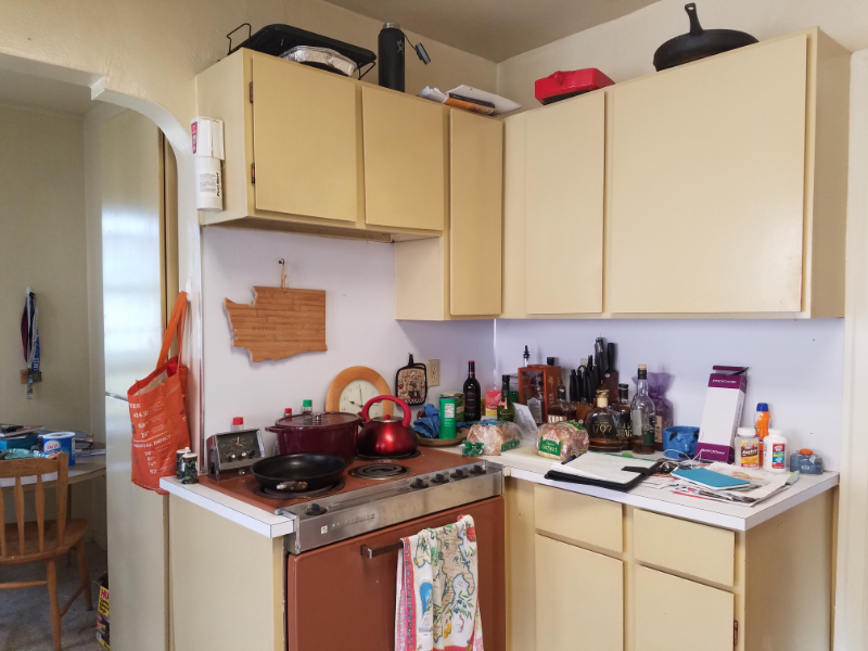 old kitchen cabinets and stove
